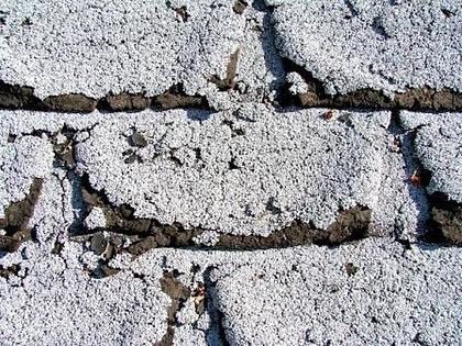 Organic Shingles Crumbling