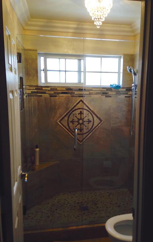 Install New Shower Enclosure Las Vegas