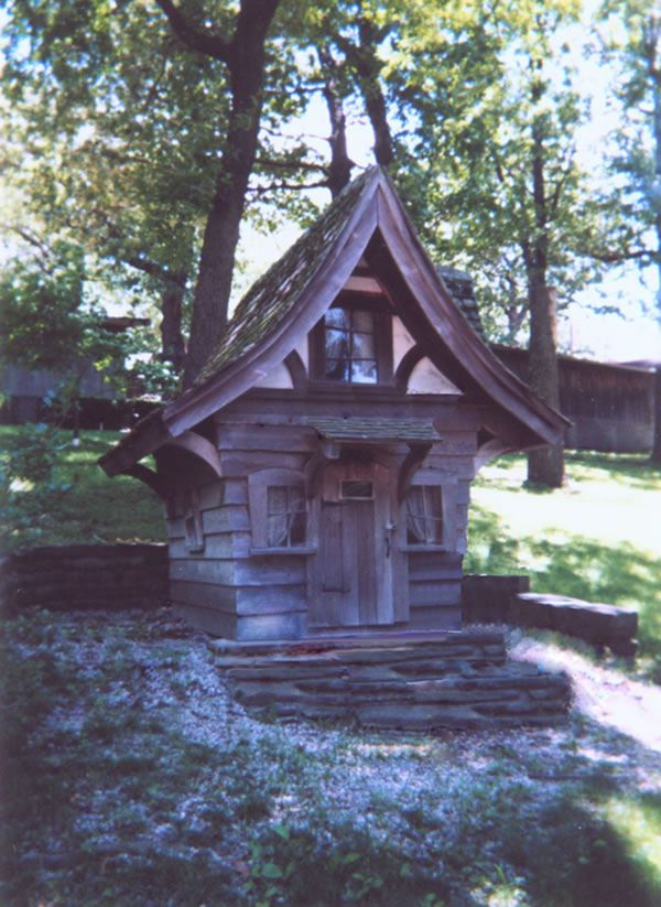 Bomoso storybook cottage playhouse plans Build storybook