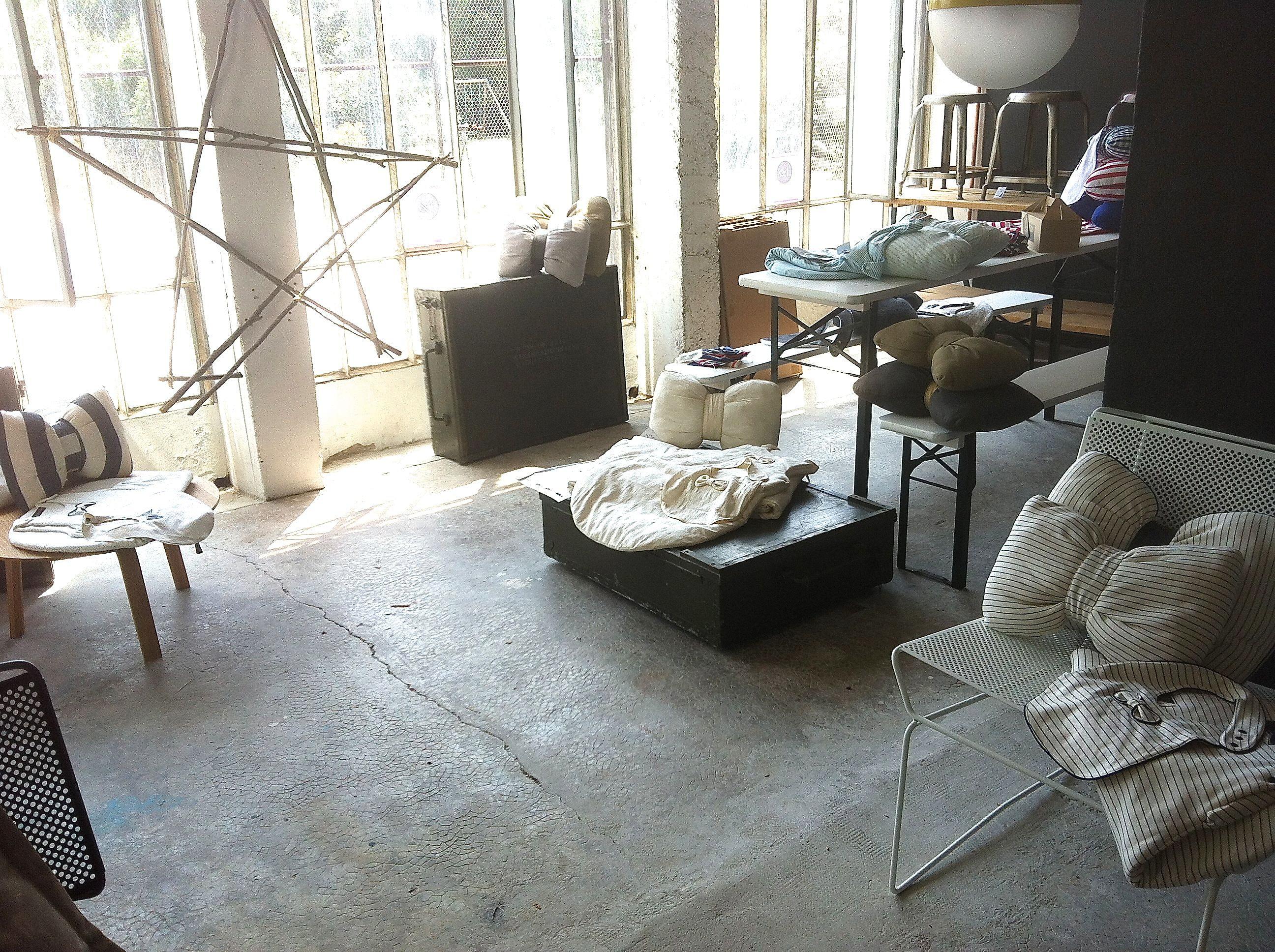 la maison pernoise la petite luce cr ations. Black Bedroom Furniture Sets. Home Design Ideas