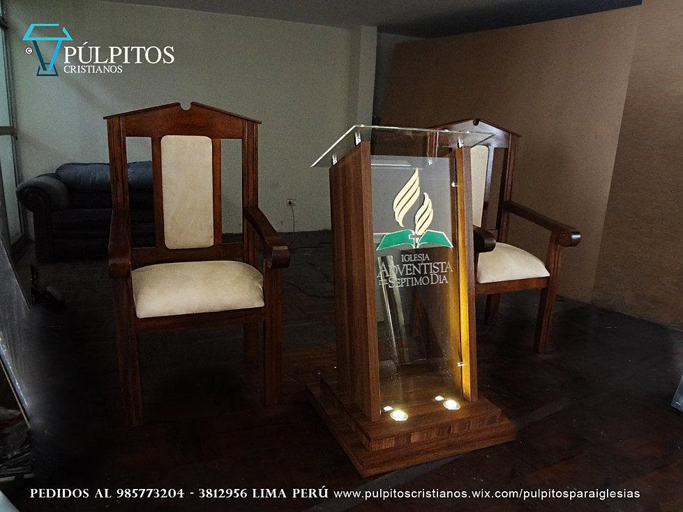 P lpitos atriles para iglesias cristianas p lpitos for Sillas para iglesia en madera