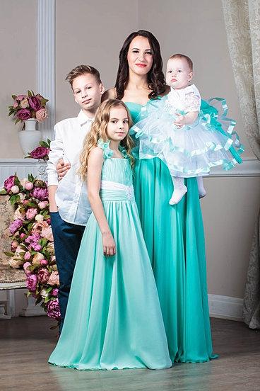 Платья на маму и дочку одинаковые нарядные на выпускной в детский сад