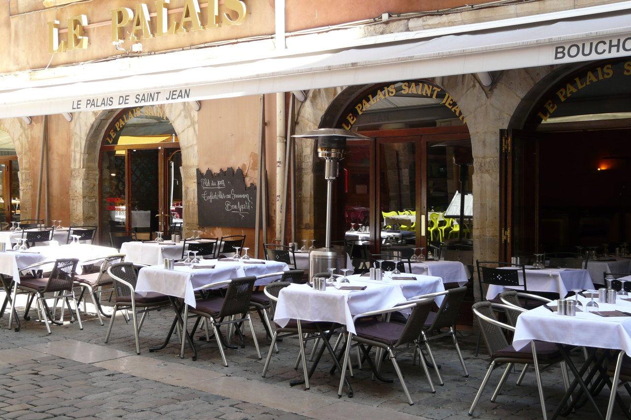 restaurant le palais saint jean bouchon lyonnais. Black Bedroom Furniture Sets. Home Design Ideas