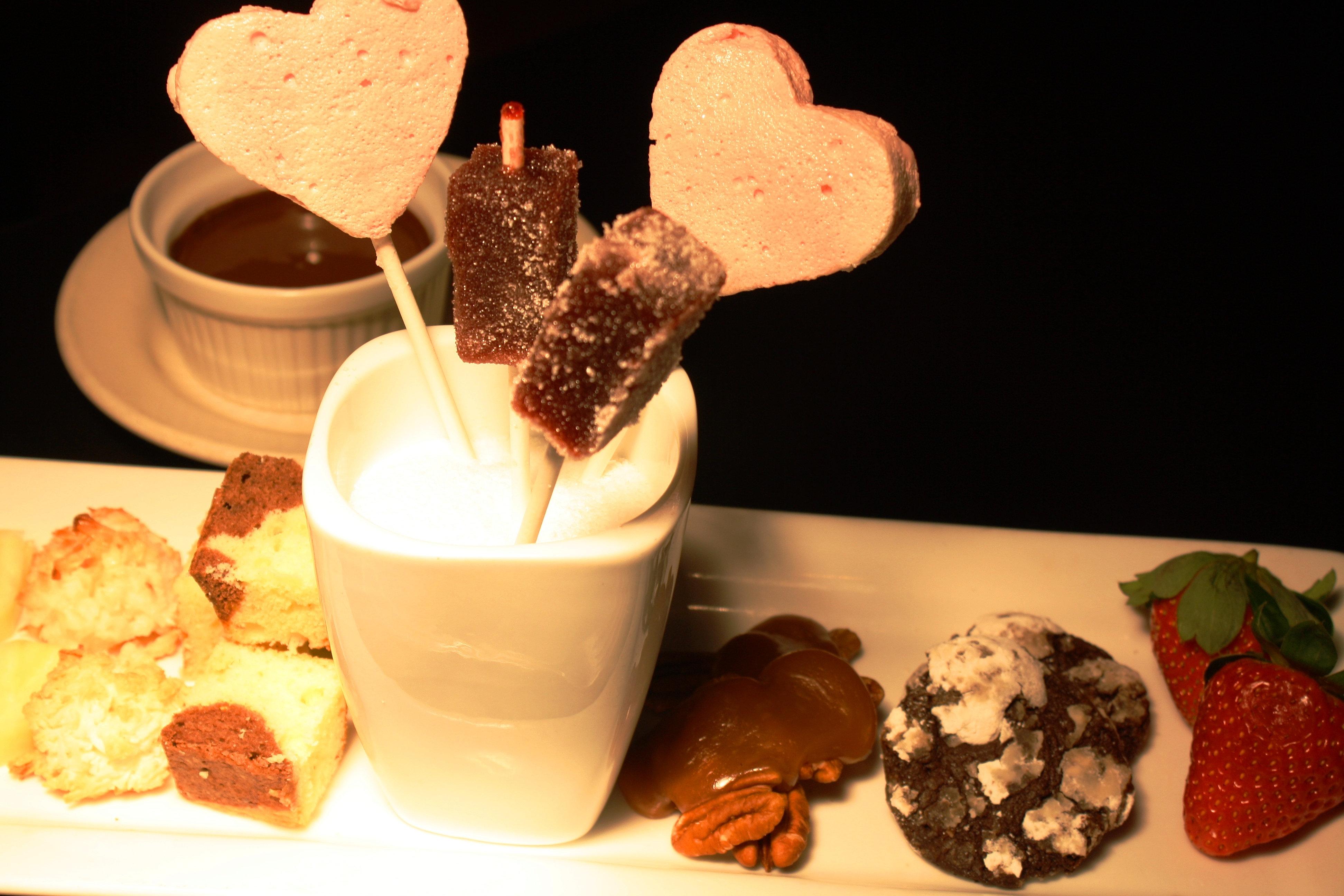 grassrootschicago | Valentine's chocolate fondue