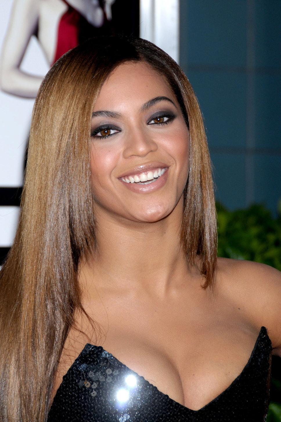 Madam Nove | Beyonce Knowles.