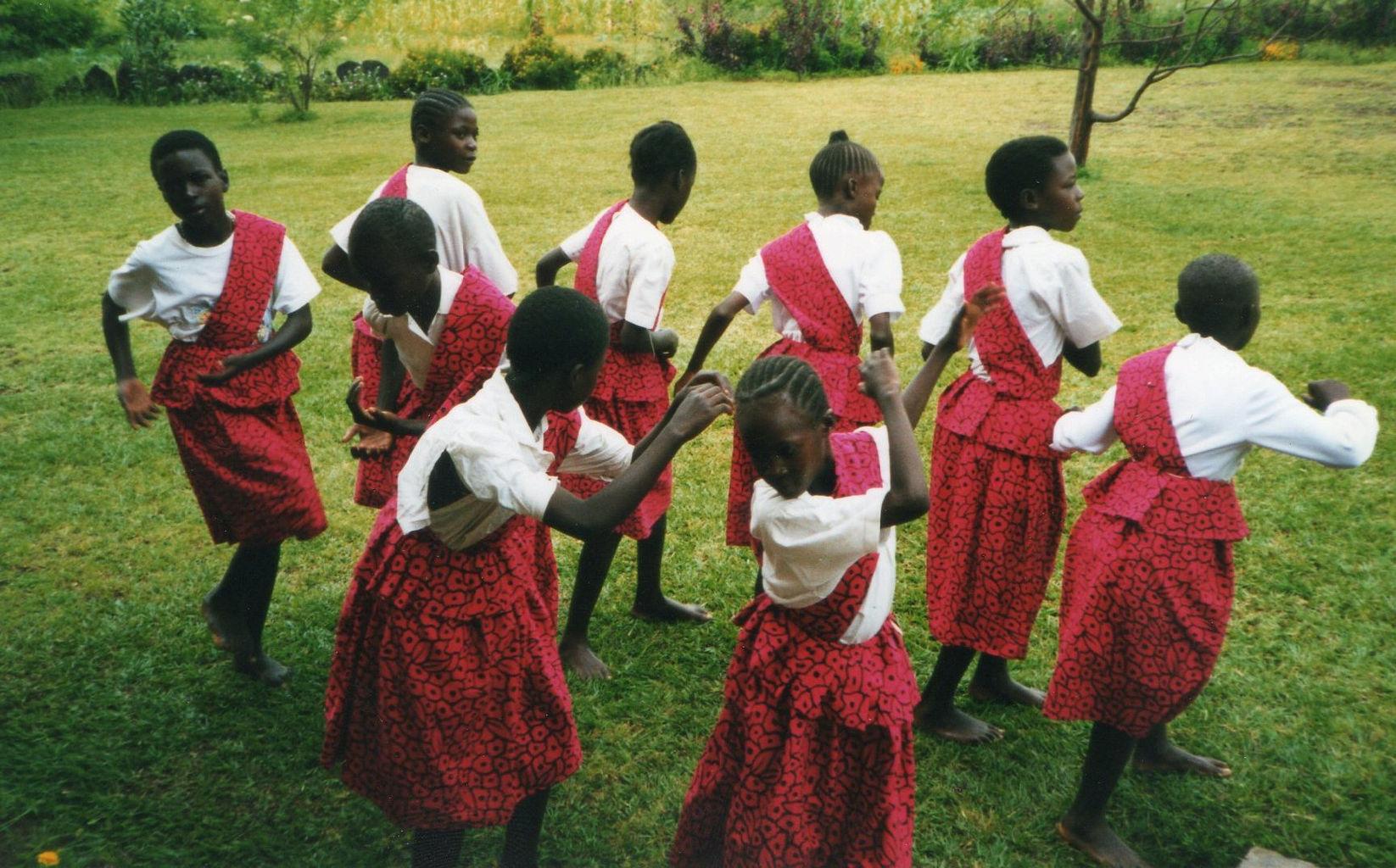 kenya dancers.jpg