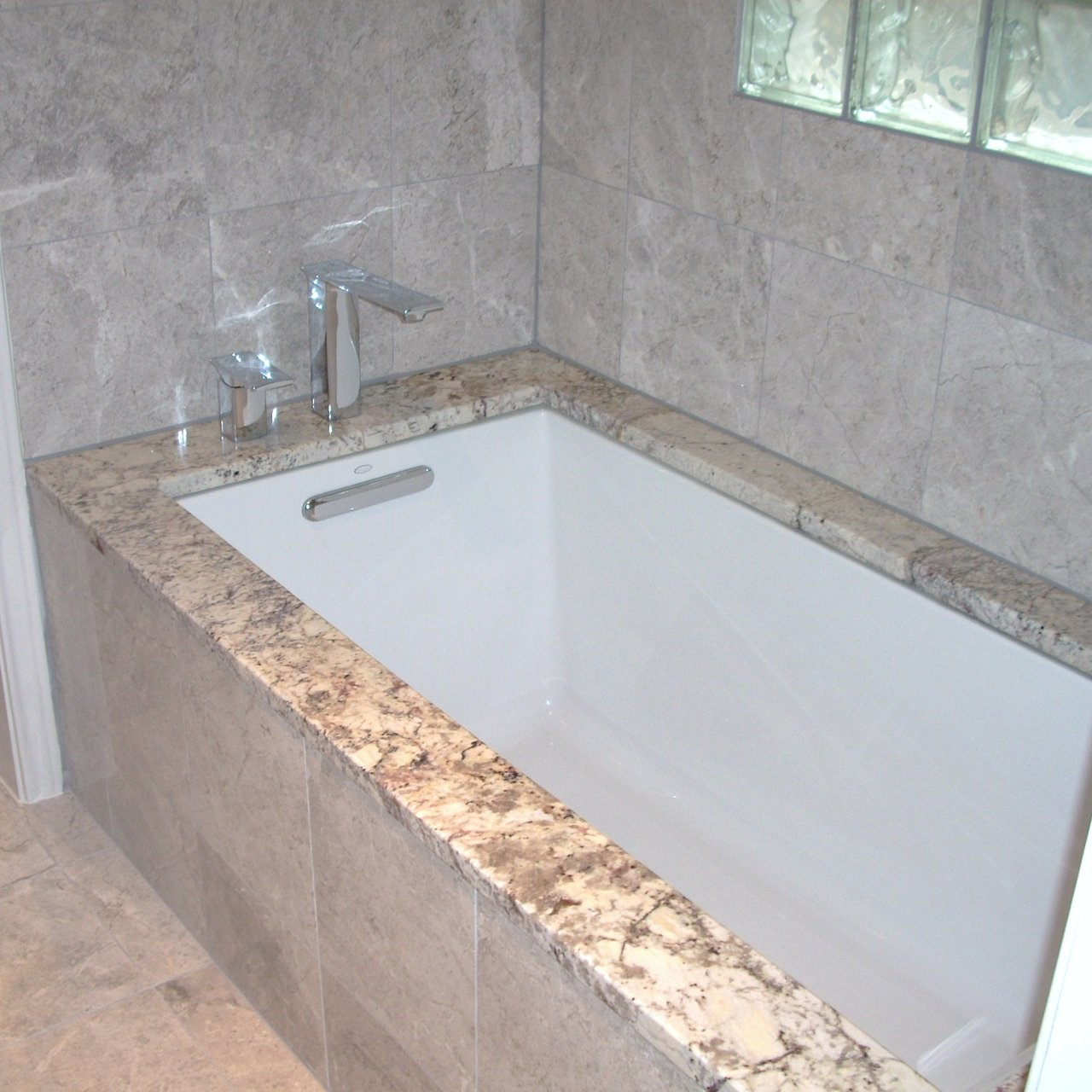 Eric Cantu Construction Undermount Soaker Tub