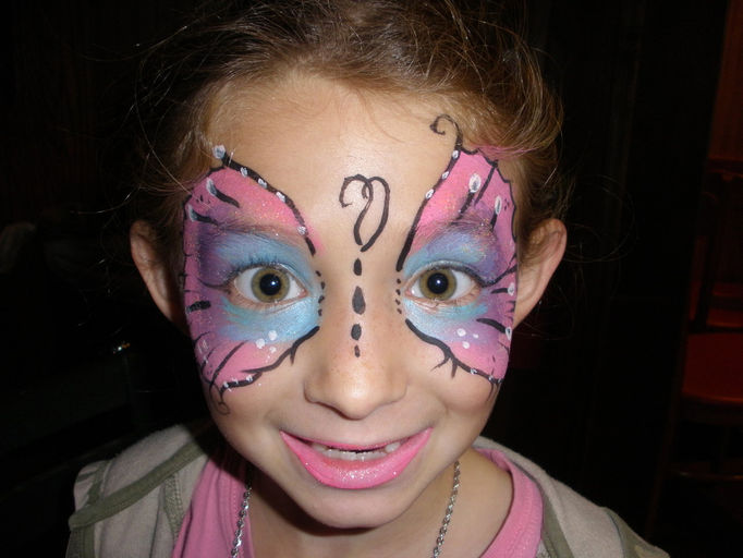 FACE and BODY PAINTER in Ft. myers and Naples,DAY GLOW