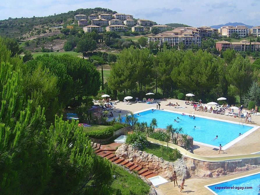Cap esterel location vacances de particulier cap esterel for Toboggan piscine particulier