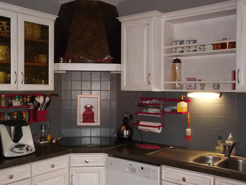 Relooker cuisine en bois relooker un meuble de cuisine en bois renover des m - Repeindre cuisine ikea ...