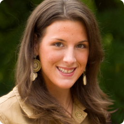 meonly straight headshot