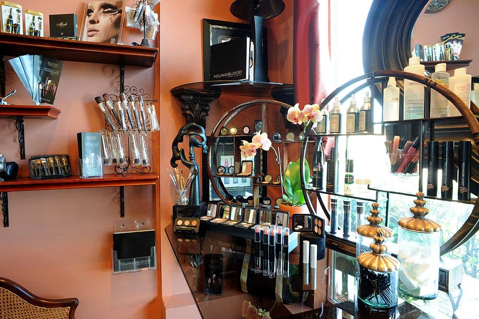 Entourage salon makeup for 3rd dimension salon