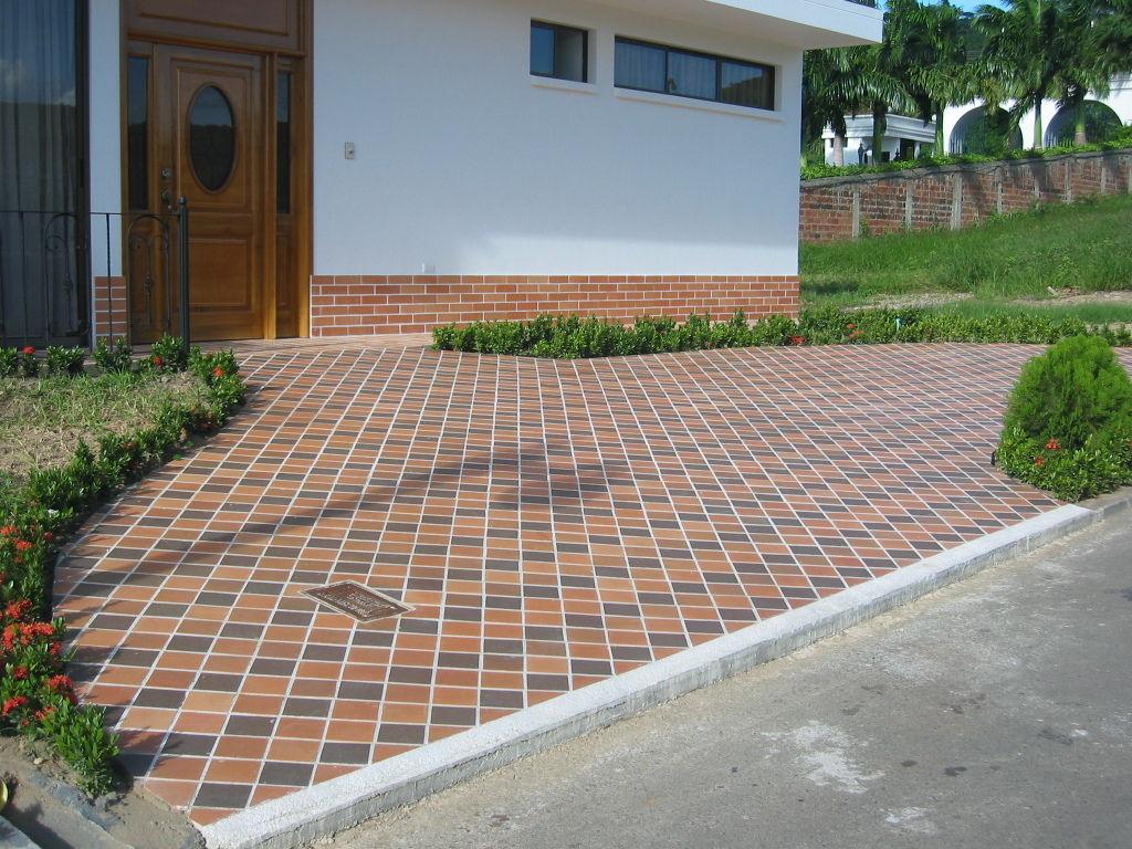 Deposito de materiales en bucaramanga pisos para for Mosaicos para pisos exteriores