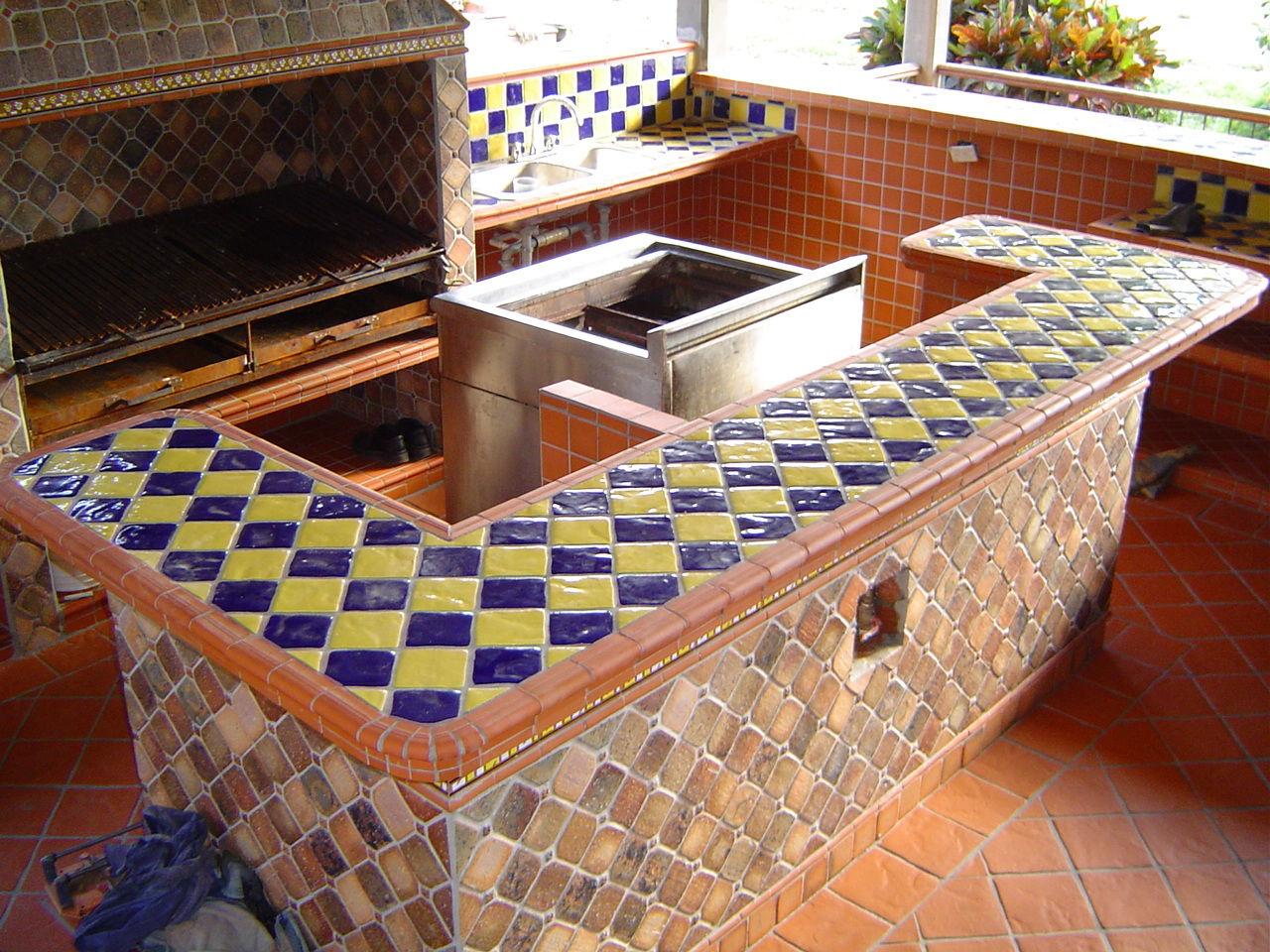 Deposito de materiales en bucaramanga pisos para for Cocinas rusticas para exteriores