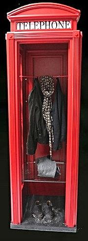 Cabina telefonica inglese in legno su misura - Cabine armadio mercatone uno ...