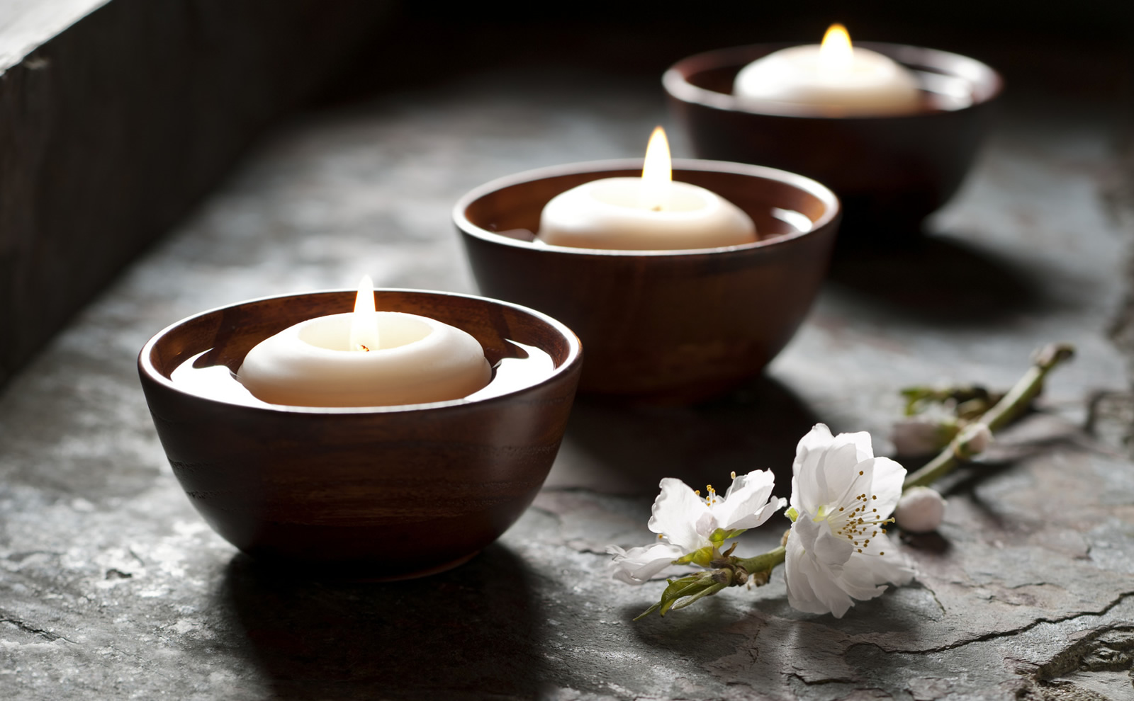 Image gallery spa candles for Image salon