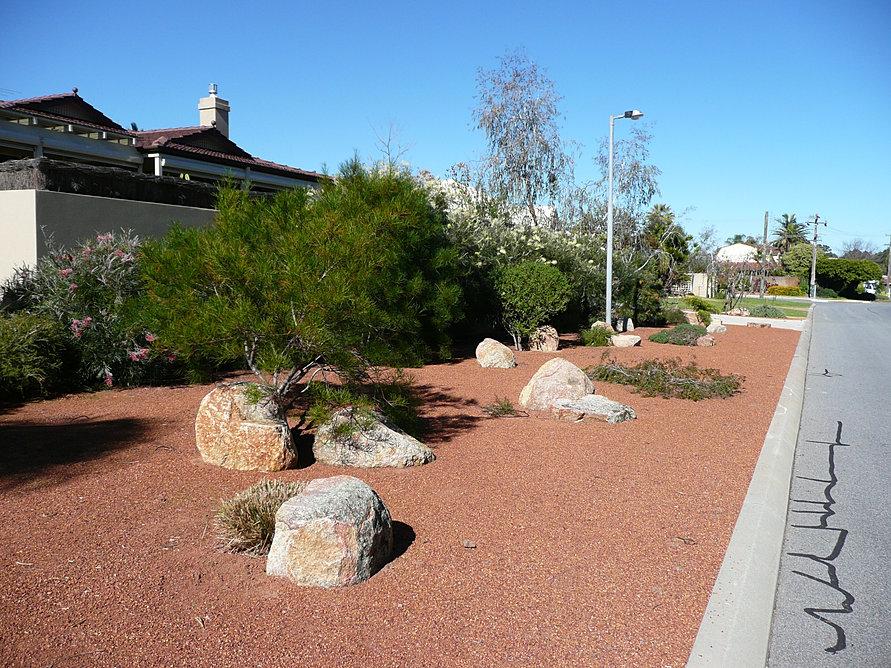 Water Efficient Plantscapes