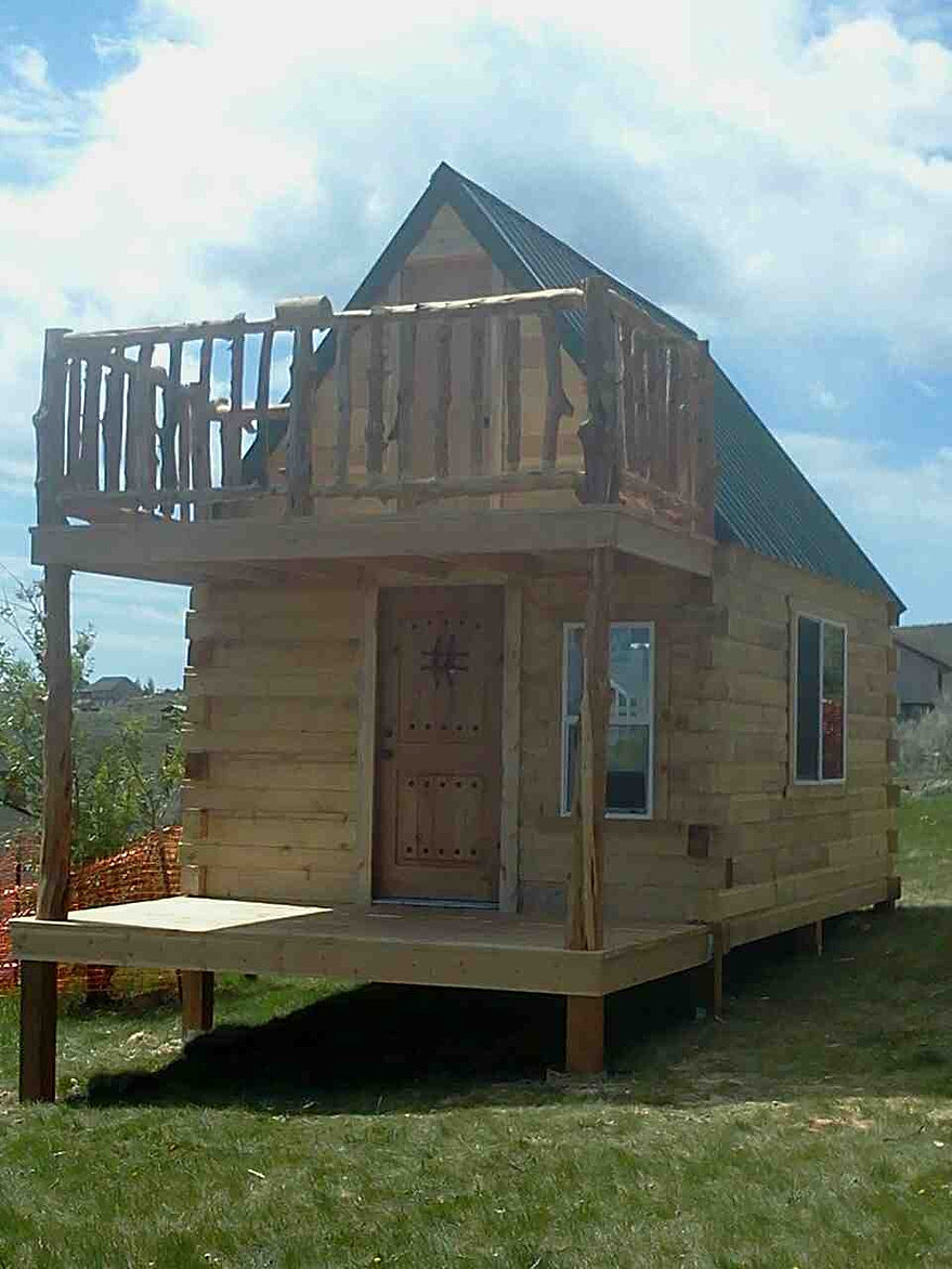 Custom mini cabins land for sale for Square log cabin