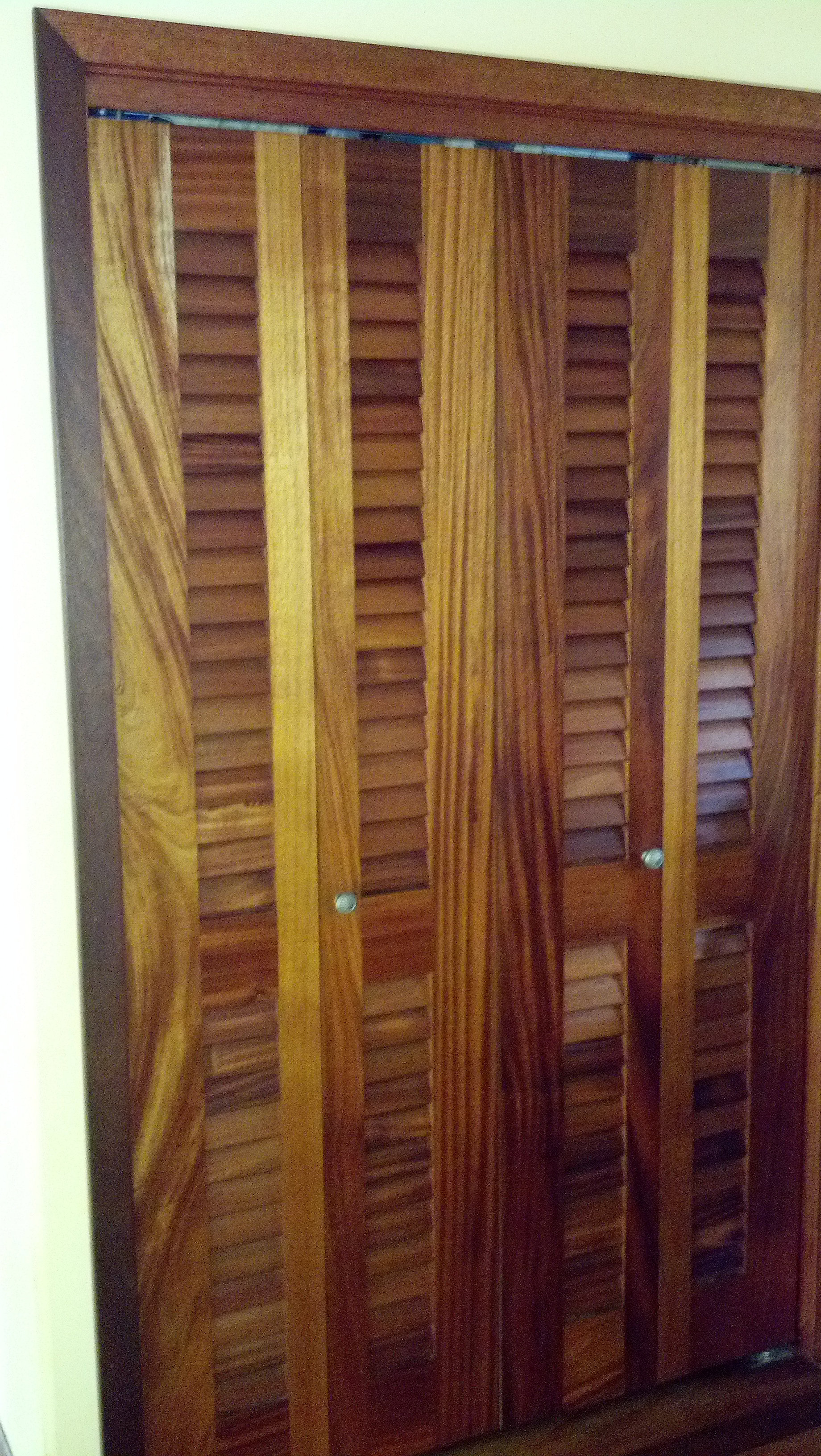 Wood Folding Closet Doors Island Wood Door Inc Bi Folding