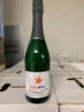 Sektflasche Werbeagentur regioaktiv.jpg