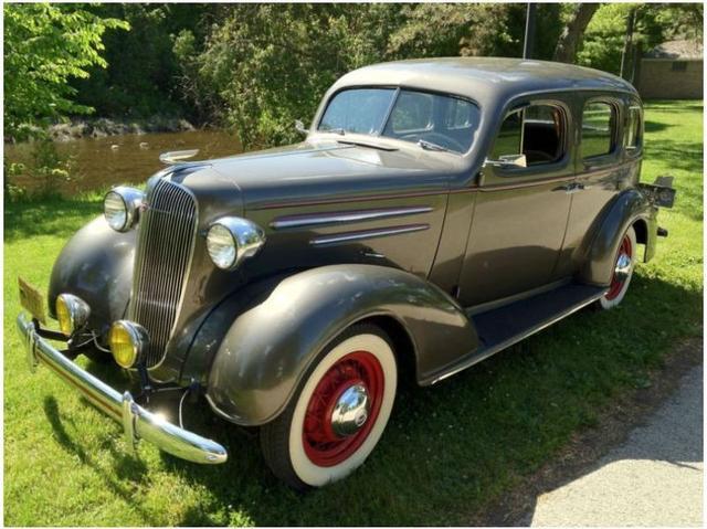 What 39 s it worth 1936 chevrolet master deluxe 4 door sedan for 1936 chevy sedan 4 door