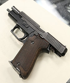 Sig Sauer P220 9x19mm