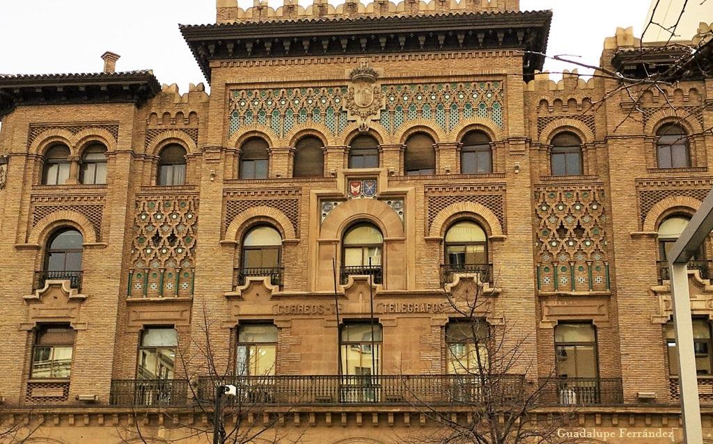 Edificio de correos y tel grafos de zaragoza el viaje for Edificio correos madrid