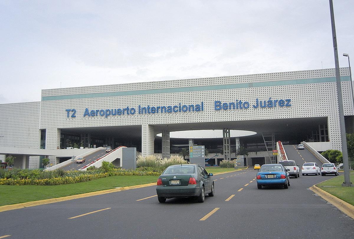 Aeropuertos del pa s parecen la puerta a un m xico sin ley for Puerta 6 aeropuerto ciudad mexico