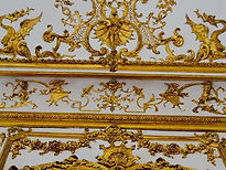 Gilt filleted ceiling 🌞✨