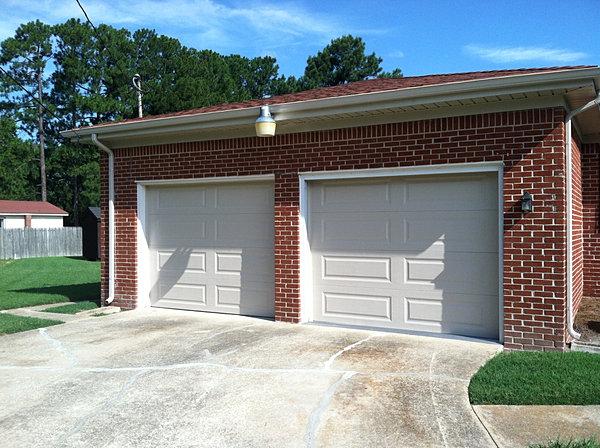 Hobbs door service garage door repair virginia beach for Long beach garage door repair