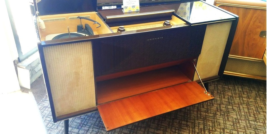 Antique Record Player in addition Stereo Record Player Stereo Record Player Console Vintage Stereo also Telefunken Stereo Console Parts further 198 Mid Century Telefunken Stereo Console Lot 198 additionally Timeline. on telefunken console radio record player