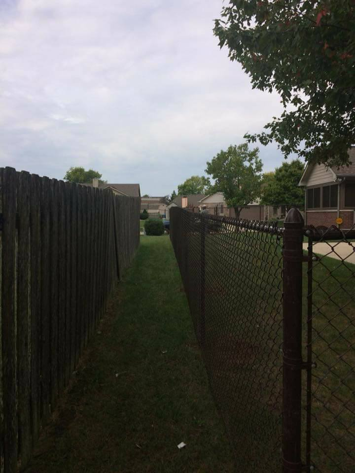Brown Vinyl Chain Link Fence Intended 5 Tall Brown Vinyl Coated Chain Link And Fence Chain Indianapolis