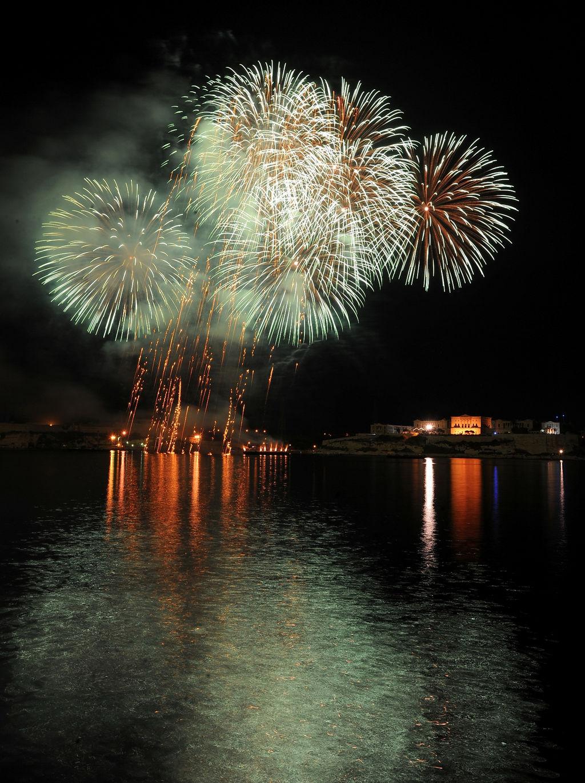 Fireworks Festival 2010 Rene Rossignaud (60).JPG