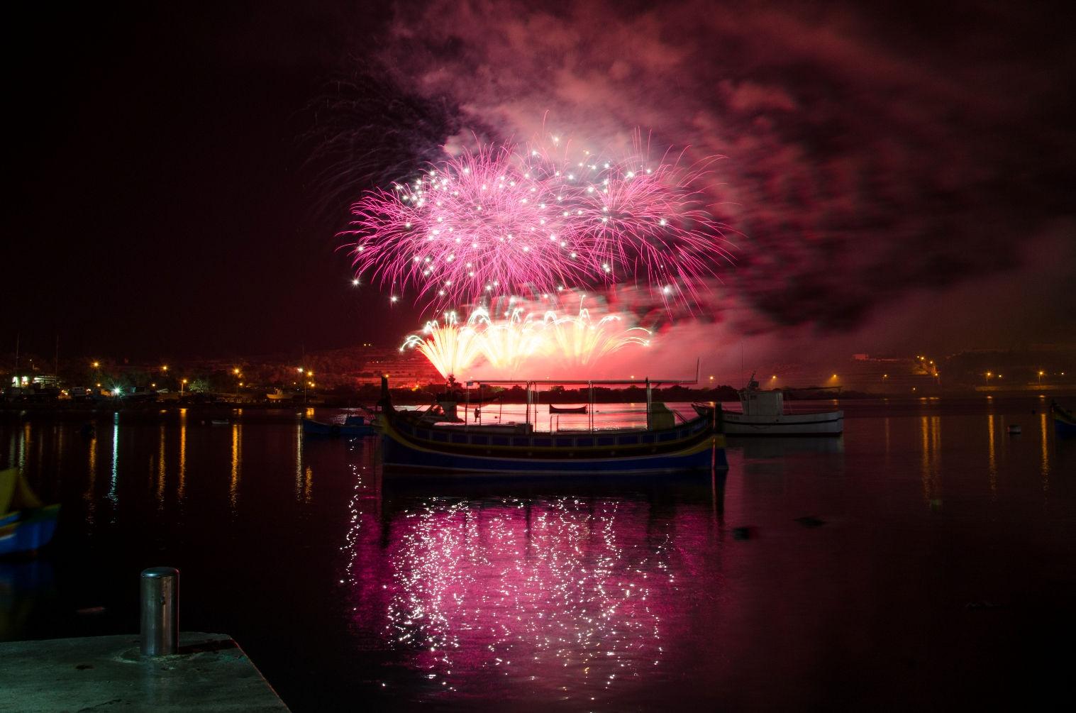 Fireworks Fest 2013 - Marsaxlokk 26APR_by_Mario_Galea_039.jpg