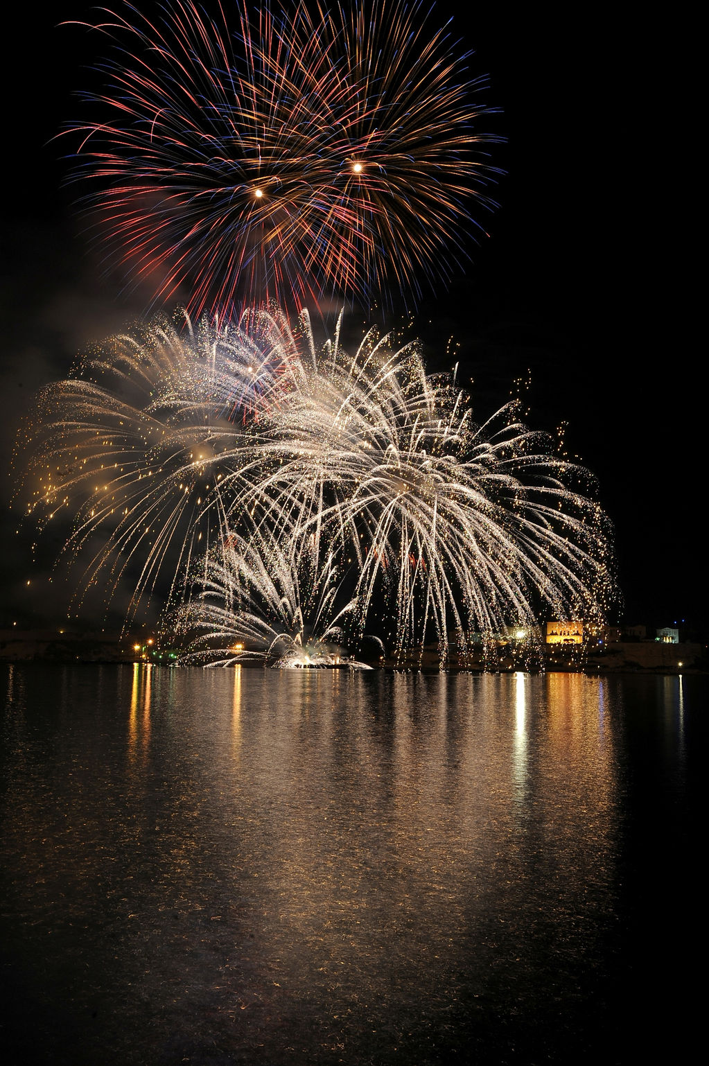 Fireworks Festival 2010 Rene Rossignaud (62).JPG