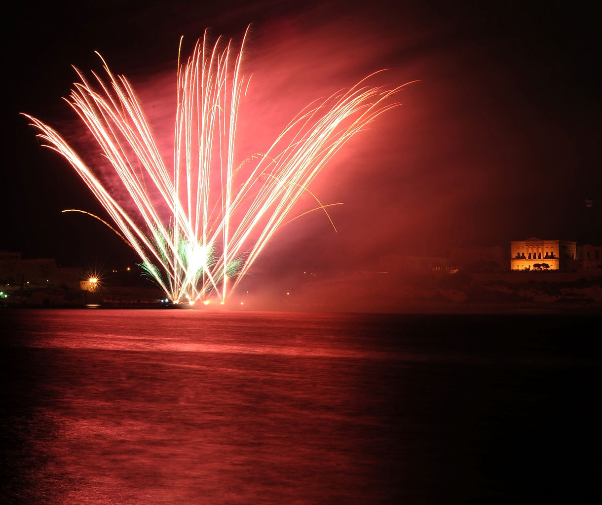 Fireworks Festival 2010 Rene Rossignaud (6).JPG