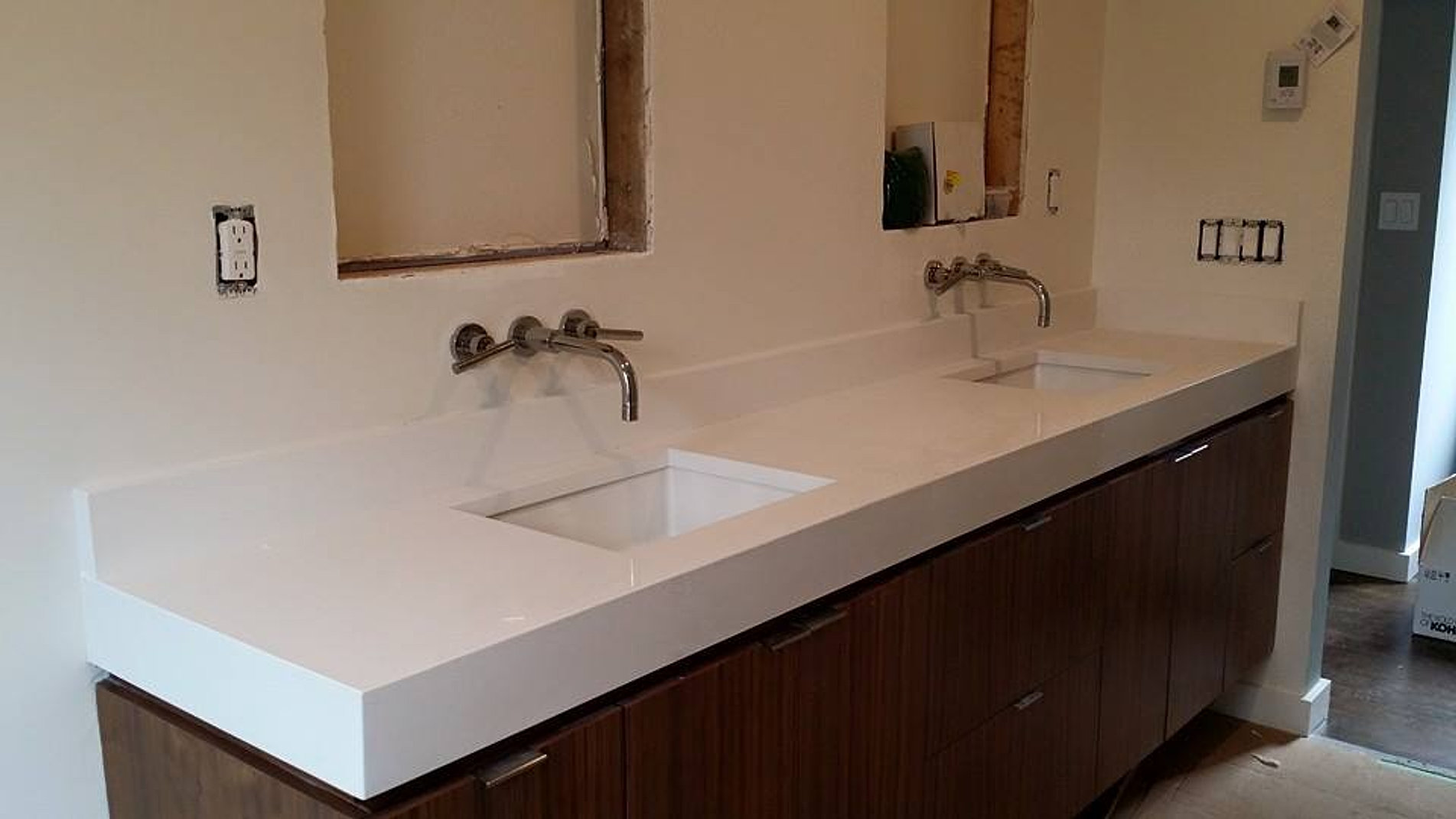 Gallery Countertops New Haven County - Caesarstone blizzard countertop
