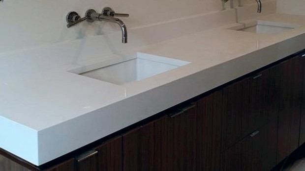 Man Made Or Au Naturale Quartz V S Granite Elite