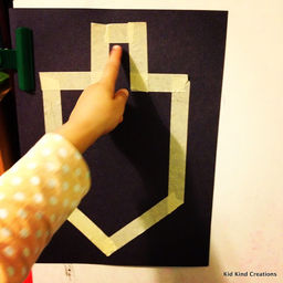 Simple dreidel out of chalk, b