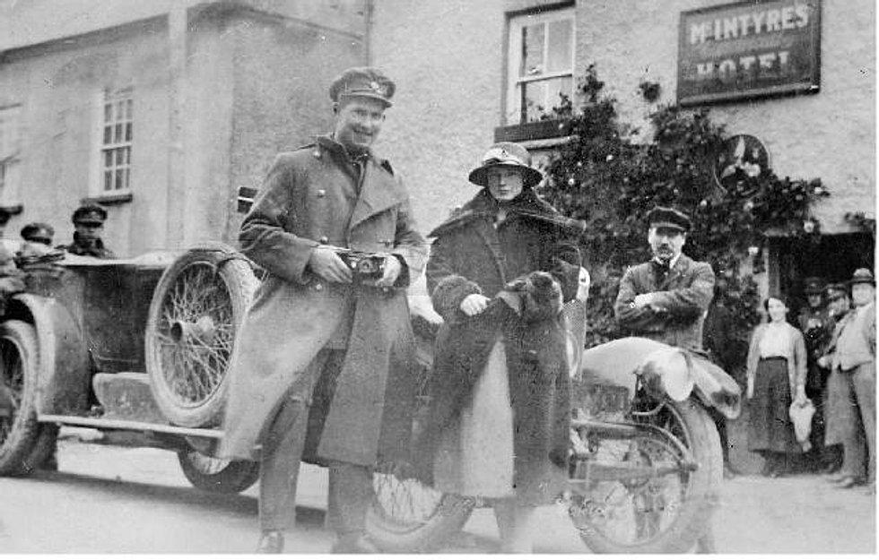 Seán and Alice 1922