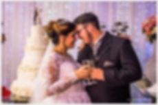 Fotografias de noivos na mesa do bolo, Brinde dos noivos, Fotografia de noivos, Foto de noivos, casamento no buffet evento perfeito,