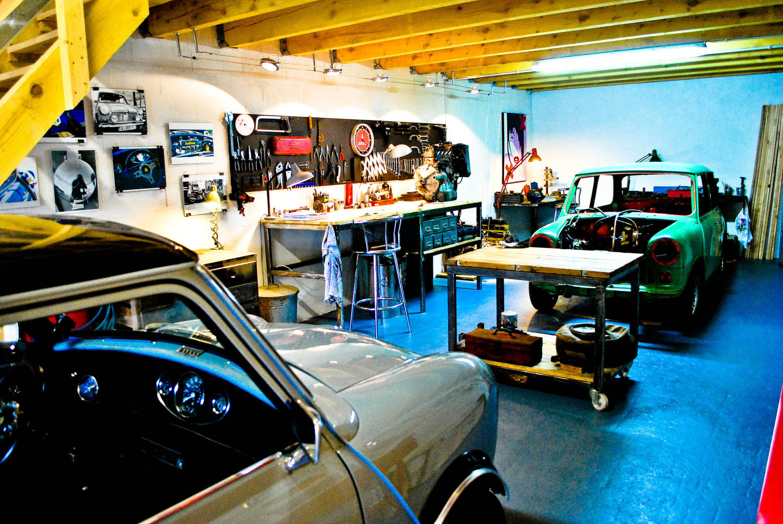 Brital bits engine shop biarritz 64 garage sp cialis for Garage mini 77