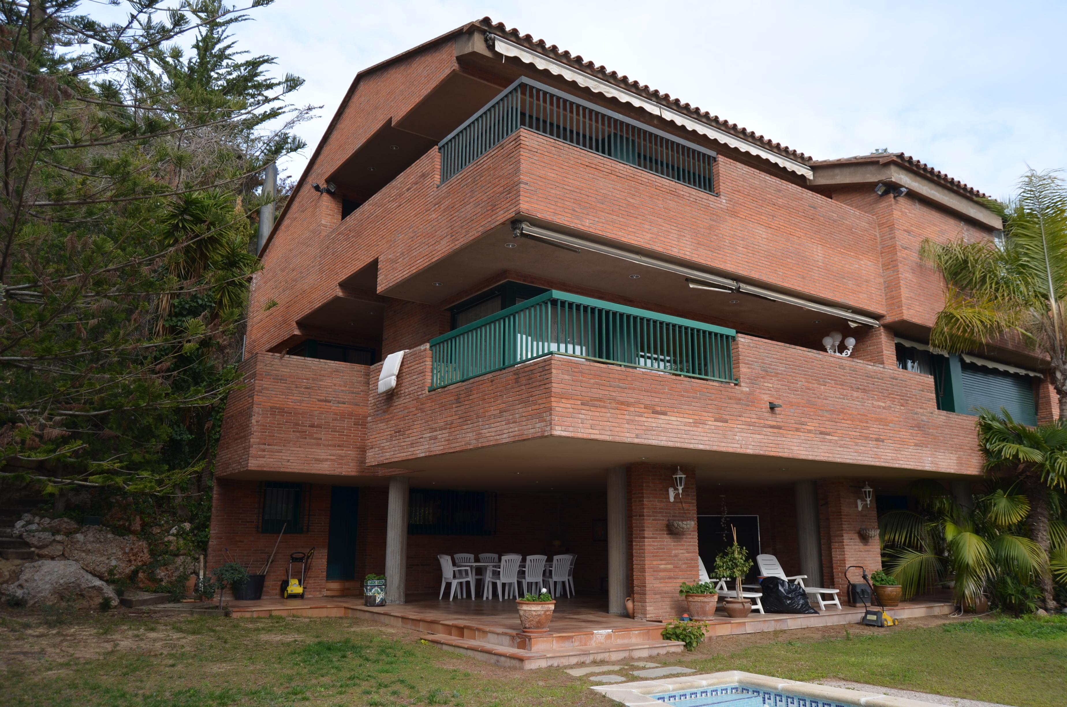 Buy a house Imperial La Mora