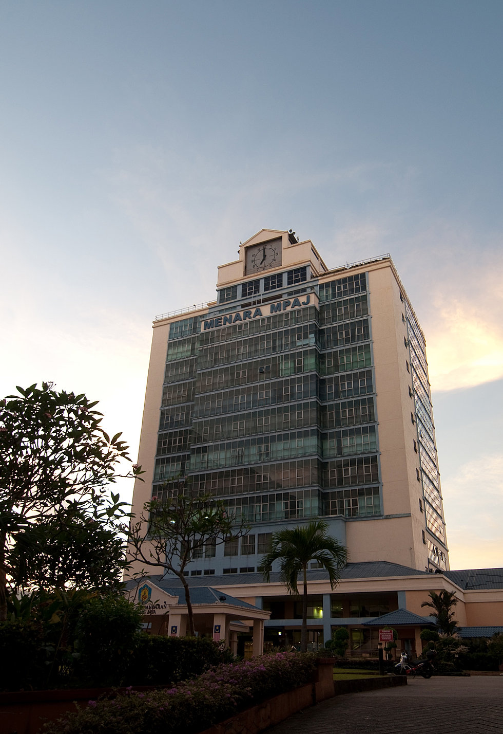 Faa architects corpo 9 mpaj tower pandan indah selango for Design hotel pandan indah