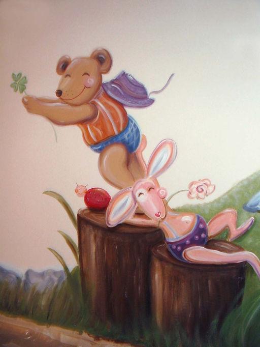beer   konijn op boomstammetje sfeer nieuw klein.jpg