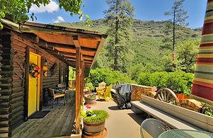 Honeysuckle-Cabin-Beautiful View-Front P