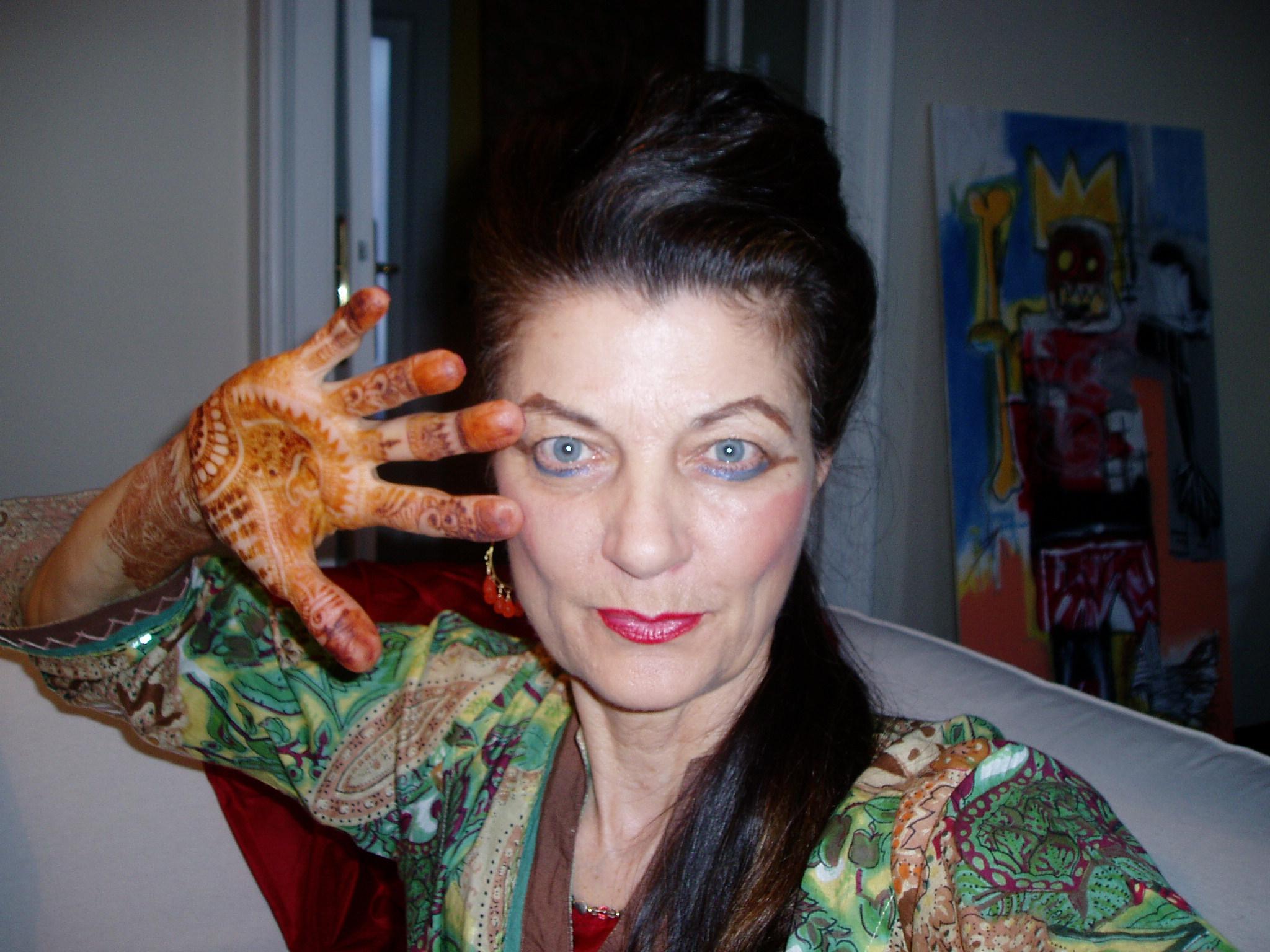 Watch Diane Bond video