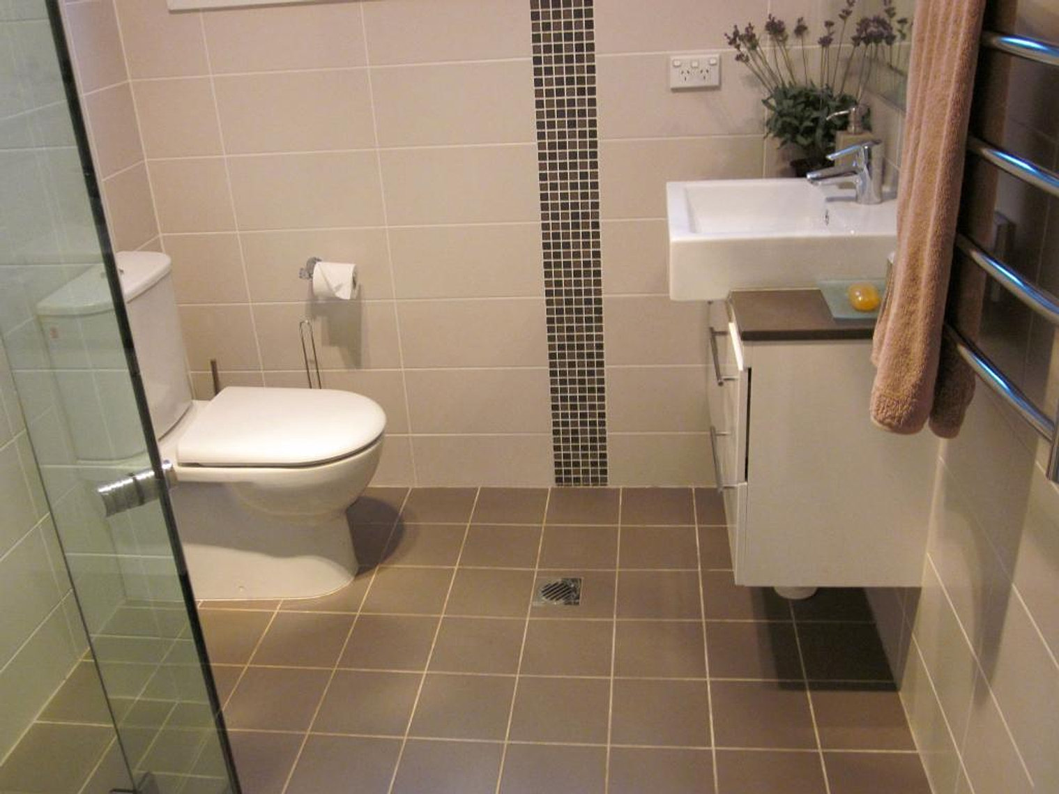 Designer bathrooms liverpool bathroom fitters designers for Bathrooms liverpool