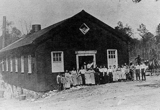1909 - Waldensian Hosiery Mill
