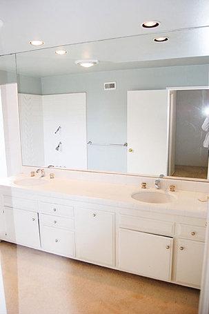 bathroom remodeling woodland hills before photo_web - Bathroom Remodeling Woodland Hills